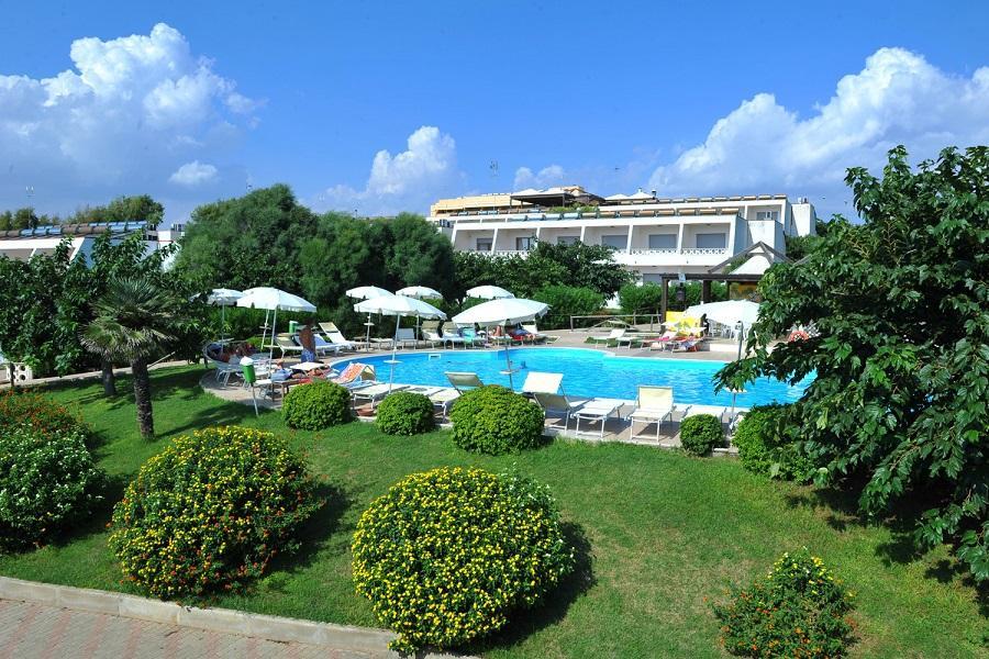 Panoramica zona piscina
