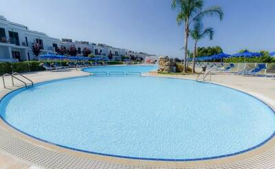 Evvai Club Portoselvaggio Resort