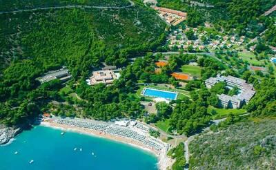 Pugnochiuso Resort, Hotel degli Ulivi e Hotel del Faro