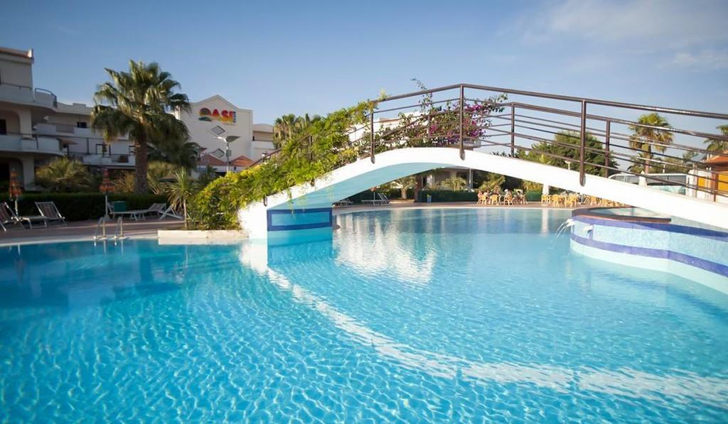 Hotel-Villaggio-Oasi-Club-Vieste-copertina
