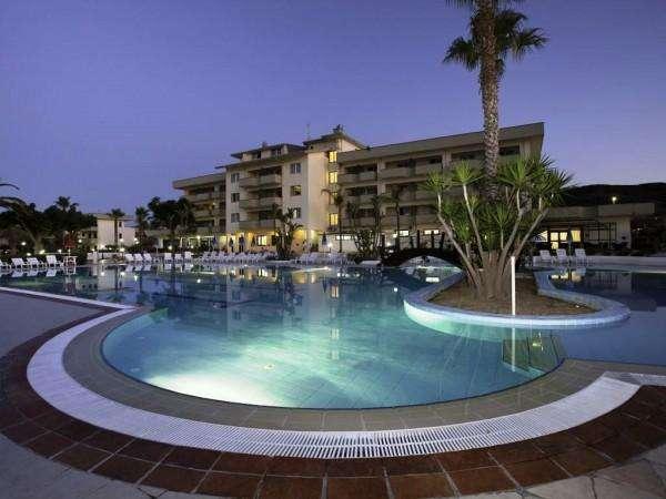 hotel village paradise 11940