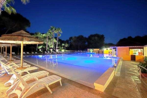 hotel club solara 10724