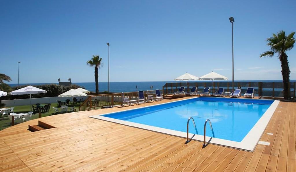 Jonico-Hotel-Marina-di-Alliste-piscina