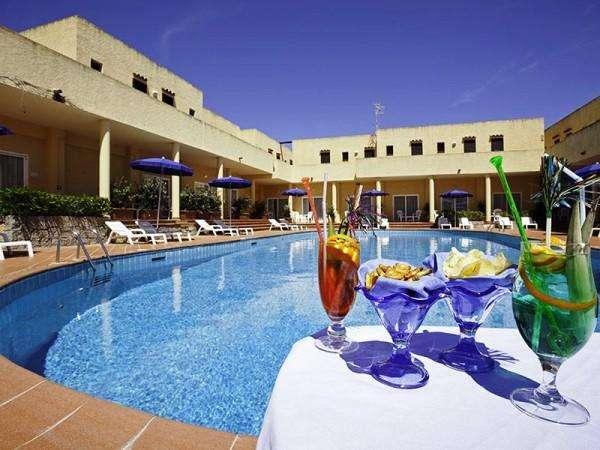 hotel laconia 12072