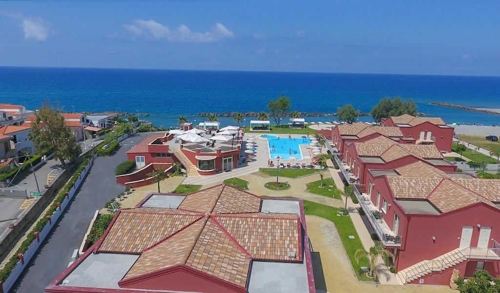 Hotel Valeria del Mar copertina