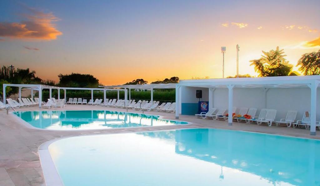 Magna Grecia Hotel Village copertina