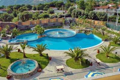 Cliffs Hotel Village