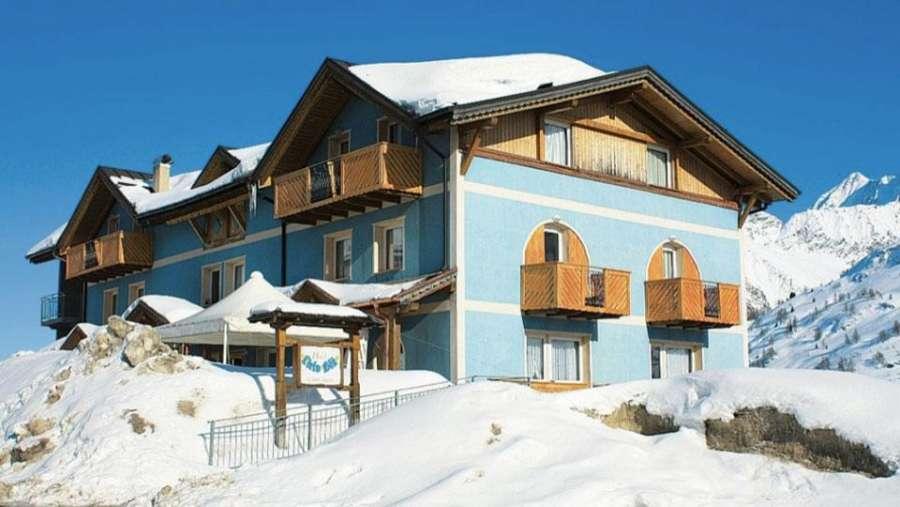 hotel-cielo-blu-passo-del-tonale-struttura-esterna