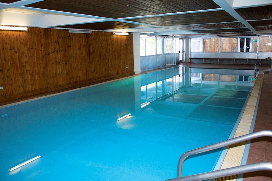 Dettaglio piscina coperta