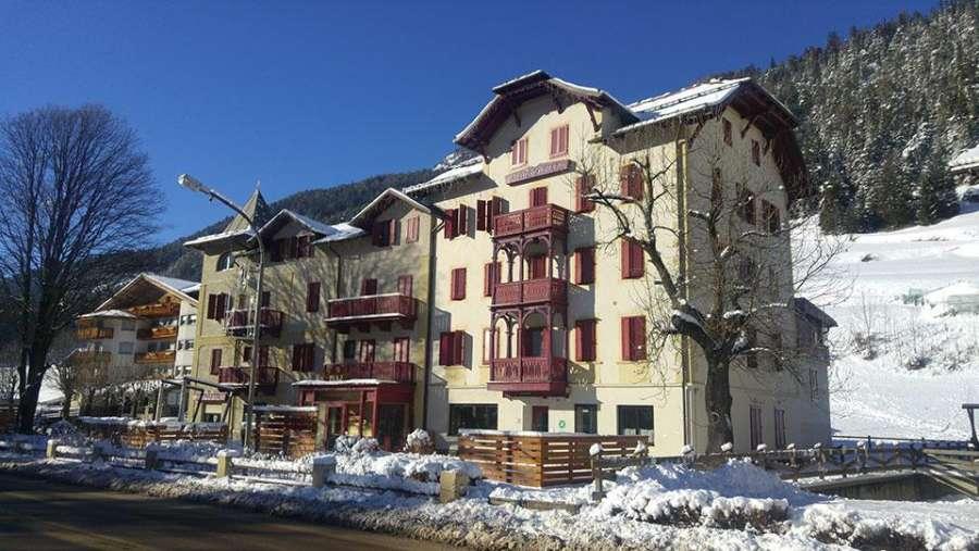 hotel-piaz-pozza-di-fassa-facciata-esterna