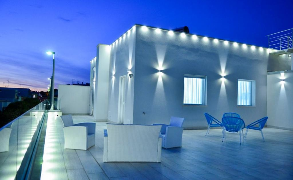 guesthouse-bahiamar-torre-lapillo